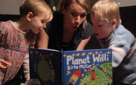 Бирта с детьми: Оливией и Вилли