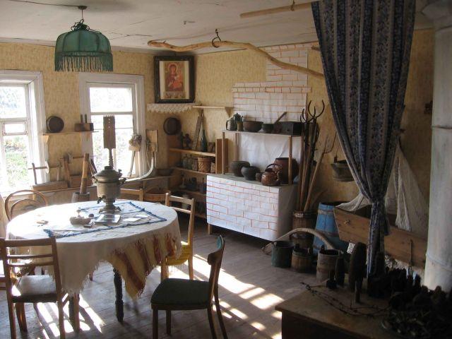 Уголок деревенского быта в Краеведческом музее деревни Псоедь