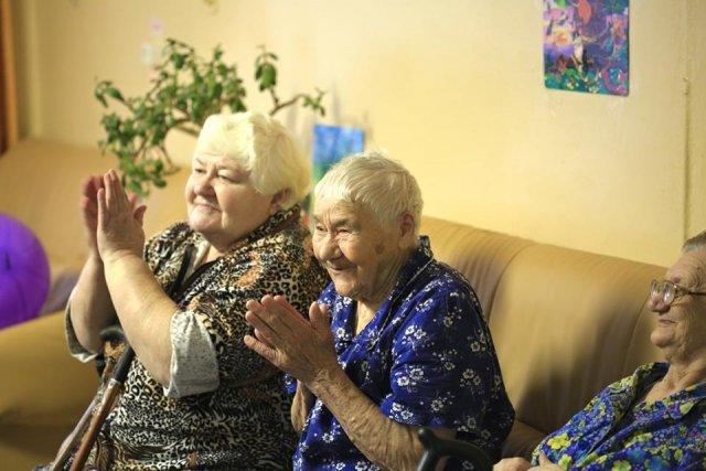 Помощь престарелым и инвалидом на дому волонтеры дома престарелых щелковский район
