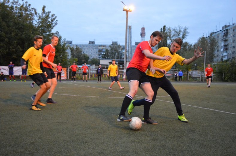 На футбольном турнире собрали 300 тысяч рублей для детей с нарушениями развития