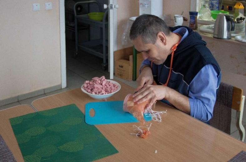 Кулинарная мастерская для людей с инвалидностью заработала
